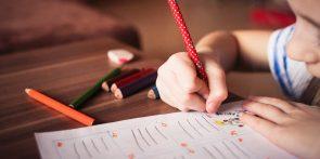 child-865116_1920picjumbo_com (Können unsere Kinder kaum noch flüssig schreiben?)