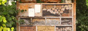 """insect-house-1778906_1280 (Übergabe von """"Insektenhotels"""" an die Mucher Grundschulen und Kindergärten)"""