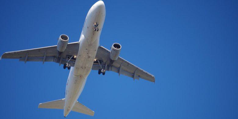 aircraft-847693_1280 (WDR Doku – Das tödliche System)